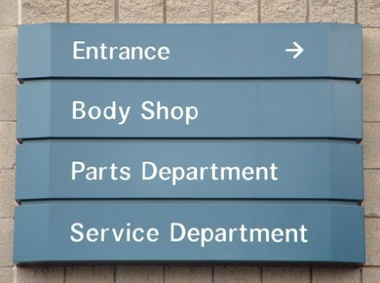 AUTOMOTIVE SHOP SIGNAGE